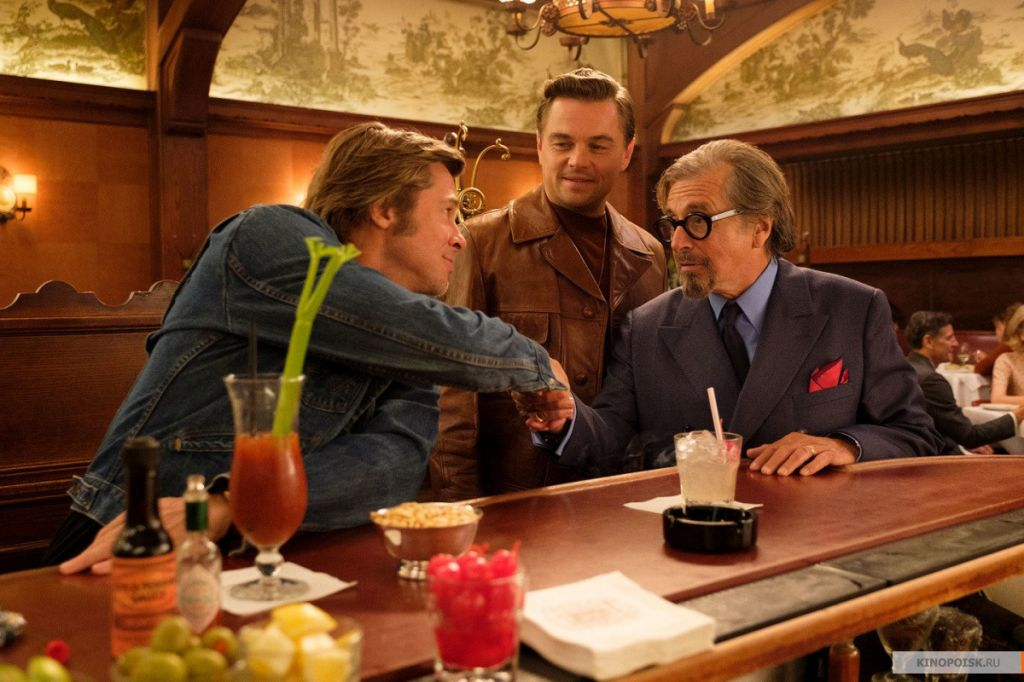 kinopoisk.ru-Once-Upon-a-Time-in-Hollywood-3319395.jpg